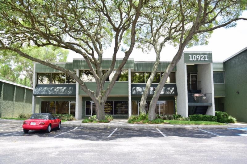 FM Capital Purchases Debt on Shopping Center in Tampa